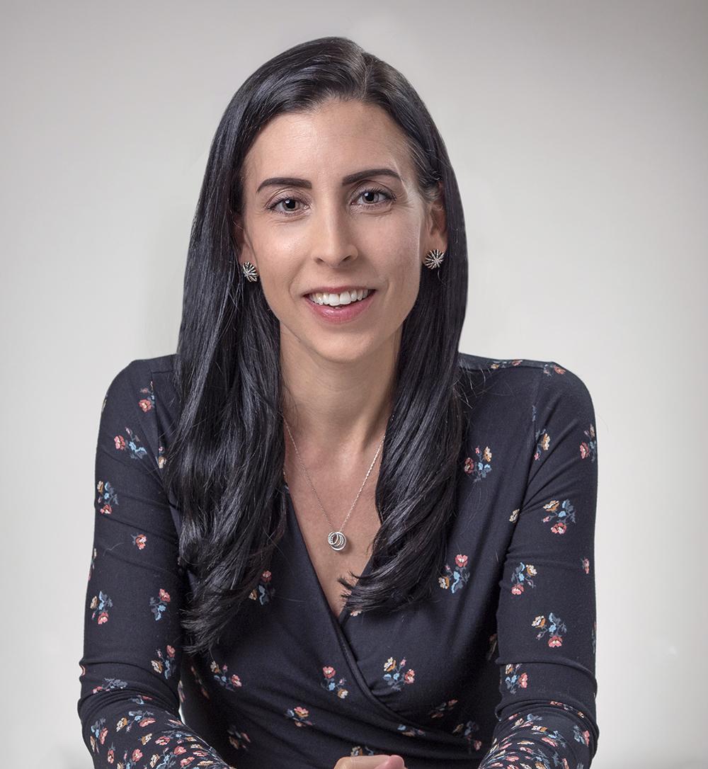 Holly Fernandez Lynch