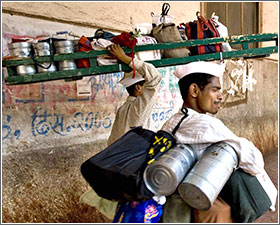 India's lunch box delivery men go about their tasks