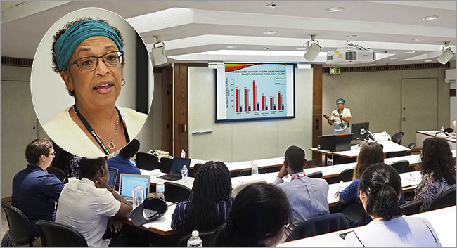 Eve Higginbottham, SM, MD, Perelman School Vice Dean for Diversity and Inclusion mentors a SUMR class.
