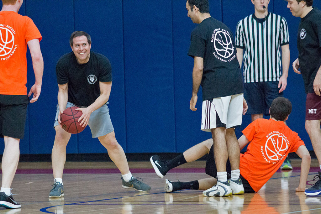 Daniel Polsky on the basketball court