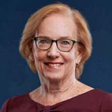 Linda Aiken honored by Irish Surgeons